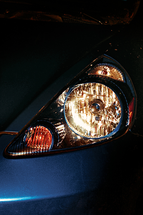 http://brianjamesphotography.net/files/gimgs/24_blue-honda-headlight.jpg